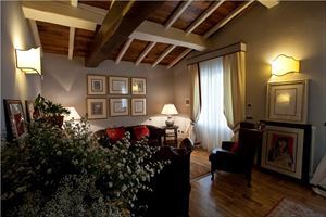 Villa Lorenza  : Inside view