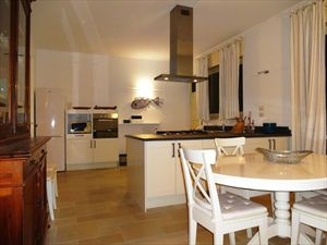Villa  Mazzini  : Kitchen