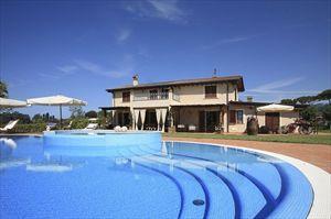 Villa Clooney  : Detached villaMarina di Pietrasanta