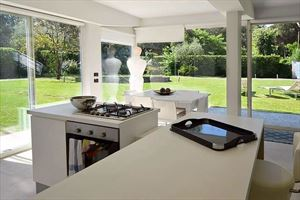 Villa Ronchi Beach  : Kitchen