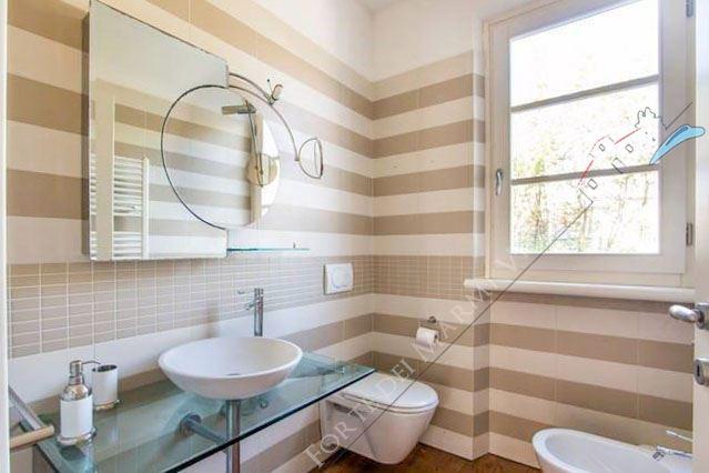 Villa dei Sogni : Bathroom