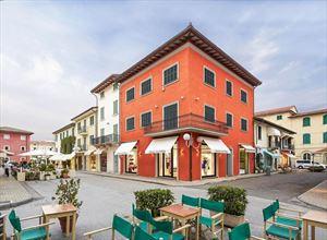 Fondi Commerciali Forte dei Marmi negozio in affitto e vendita Centro Storico Forte dei Marmi