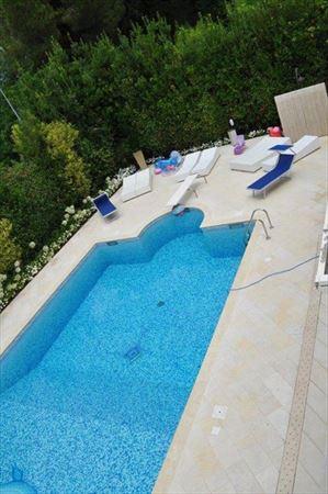 Villa   Luminosa : villa singola affitto e vendita  Forte dei Marmi