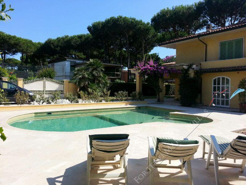 Villa  Amarcord : Piscina
