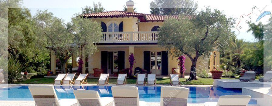 Villa Dominus  detached villa for sale Forte dei Marmi