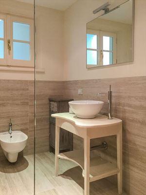 Villa Twiga : Bathroom with shower