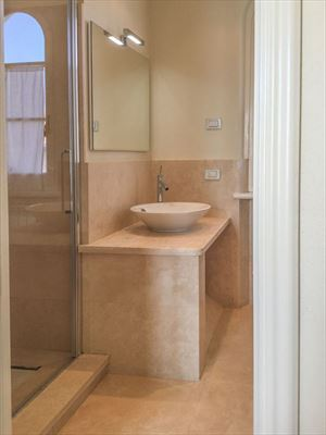 Villa Twiga : Bathroom with shower