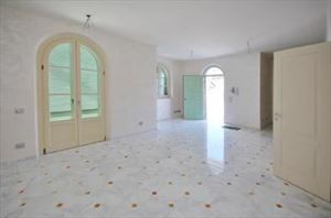 Villa Genziana : Inside view