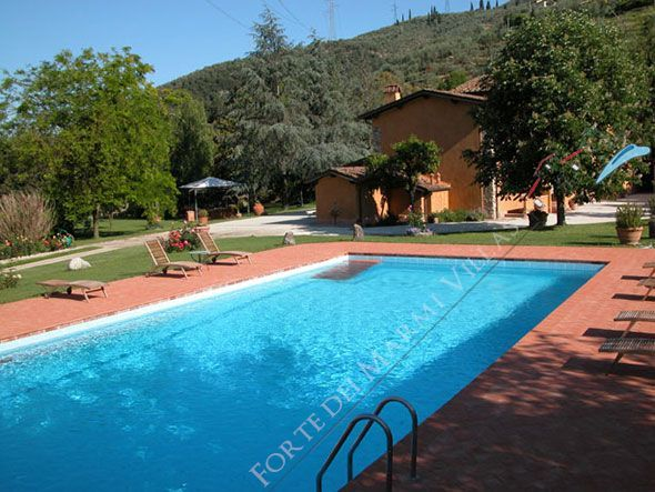 Villa  al Sole - Detached villa To Rent Pietrasanta