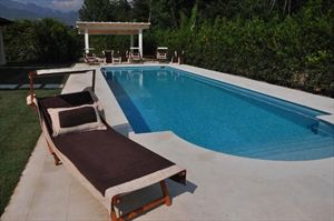 Villa Romantica: Detached villa for sale Forte dei Marmi