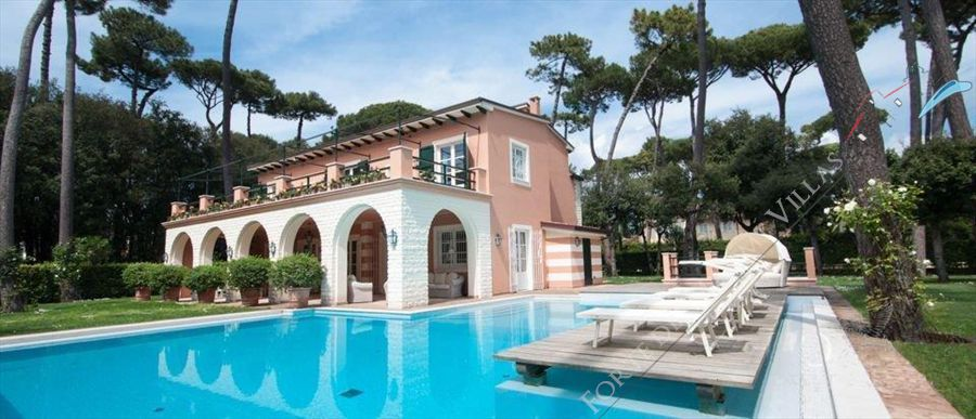 Villa panerai detached villa for sale in forte dei marmi for Ville lusso roma