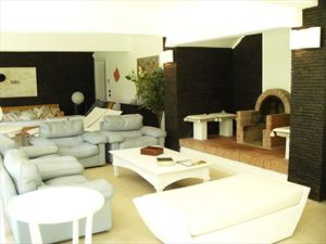 Villa Ronchi Beach  : Гостиные