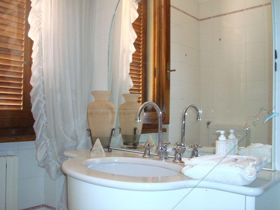 Villa tonfano immobile in affitto a marina di pietrasanta - Bagno biancamano tonfano ...