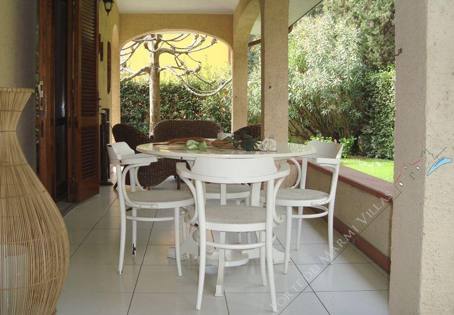 Villa tonfano business villa bifamiliare in affitto a marina di pietrasanta villa tonfano - Bagno biancamano tonfano ...