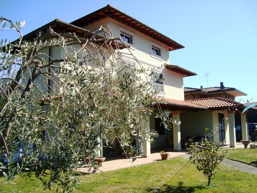 Villa Verde - Detached villa To Rent Forte dei Marmi