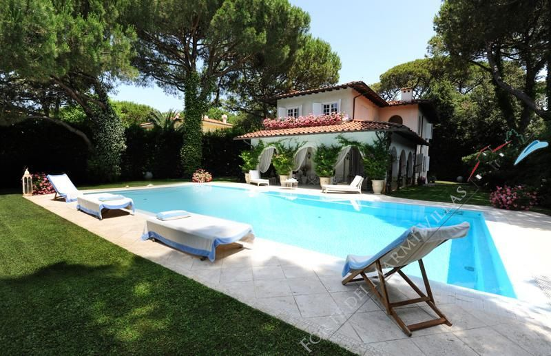Villa Sirena : Outside view