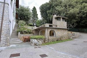 Villa Domus Camaiore : Зона барбекю