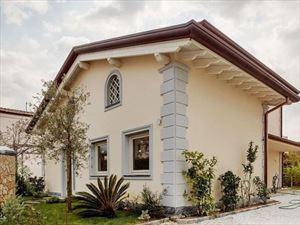 Villa   Aquilone  Verde : Villa singolaForte dei Marmi