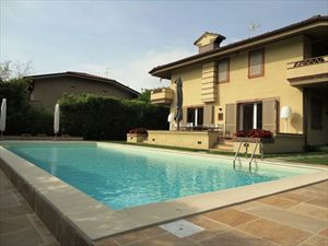 Villa di Fascino : detached villa to rent and for sale Caranna Forte dei Marmi