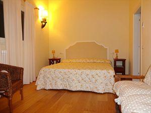 Villa Salome : хозяйская спальня