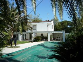 Villa Belsole detached villa to rent and for sale Forte dei Marmi