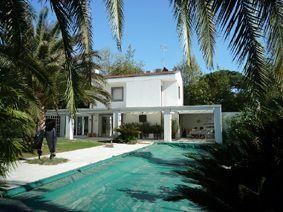 Villa Belsole : villa singola in affitto e vendita  Forte dei Marmi