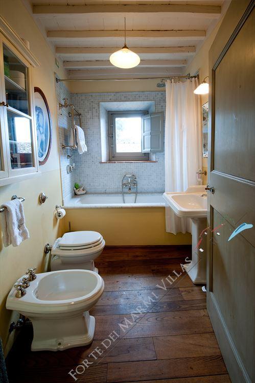 Villa Unique : Bathroom with shower