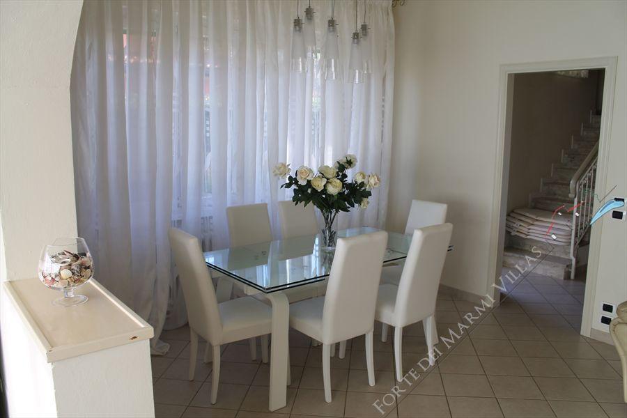 Villa Sissi  : Dining room